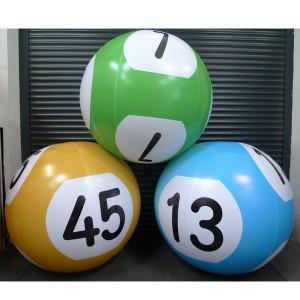 Boule de Lotto geante